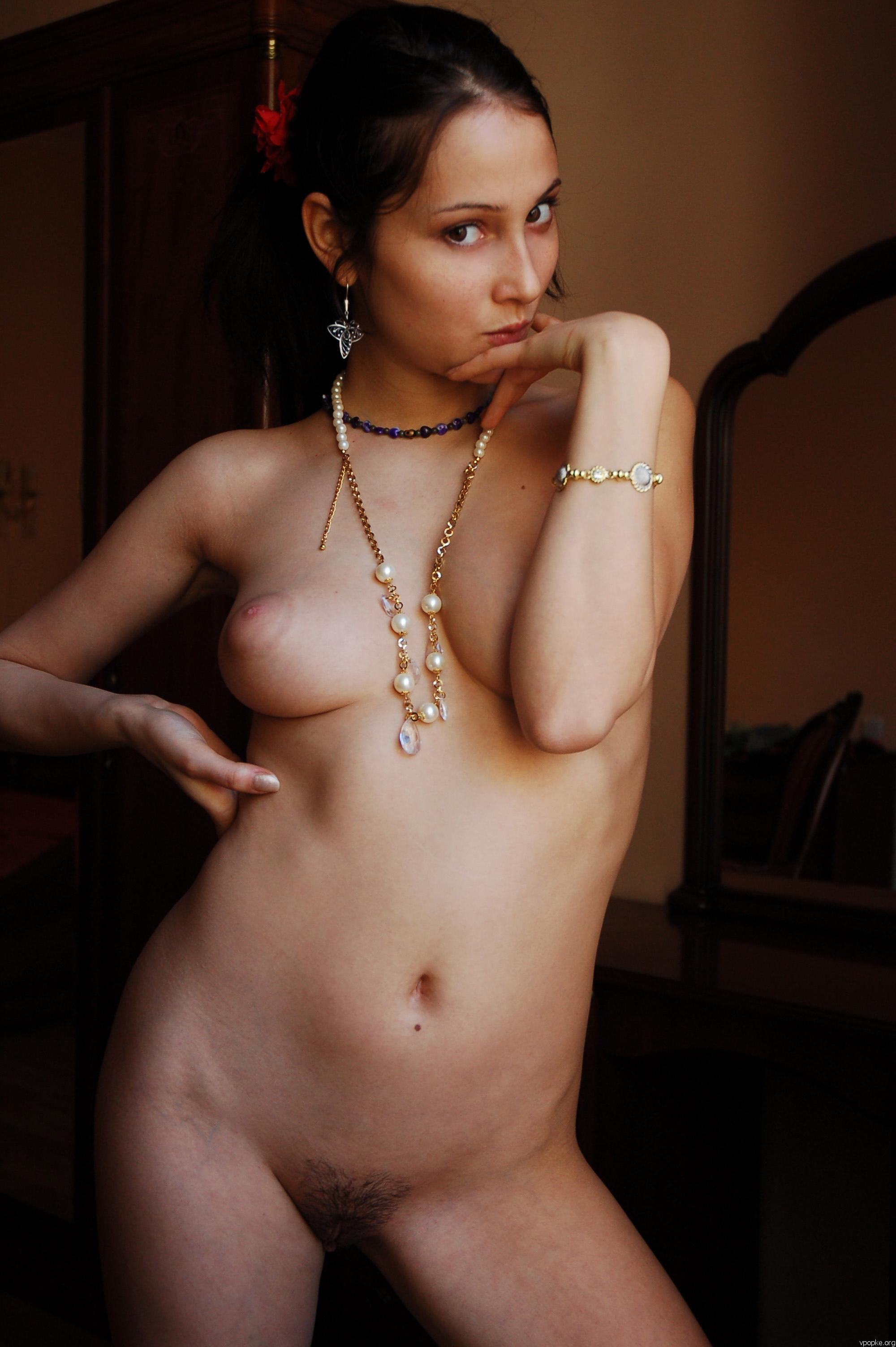 https://boobsmo.com/content/167/boobsmo_com_0000__17.jpg