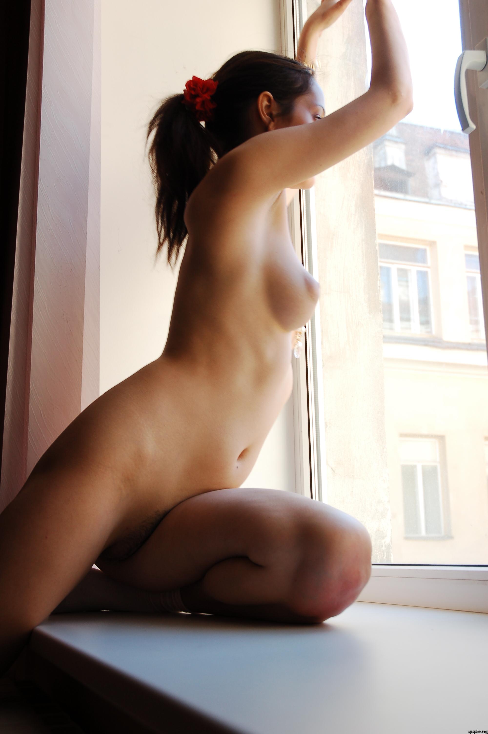 https://boobsmo.com/content/167/boobsmo_com_0000__77.jpg