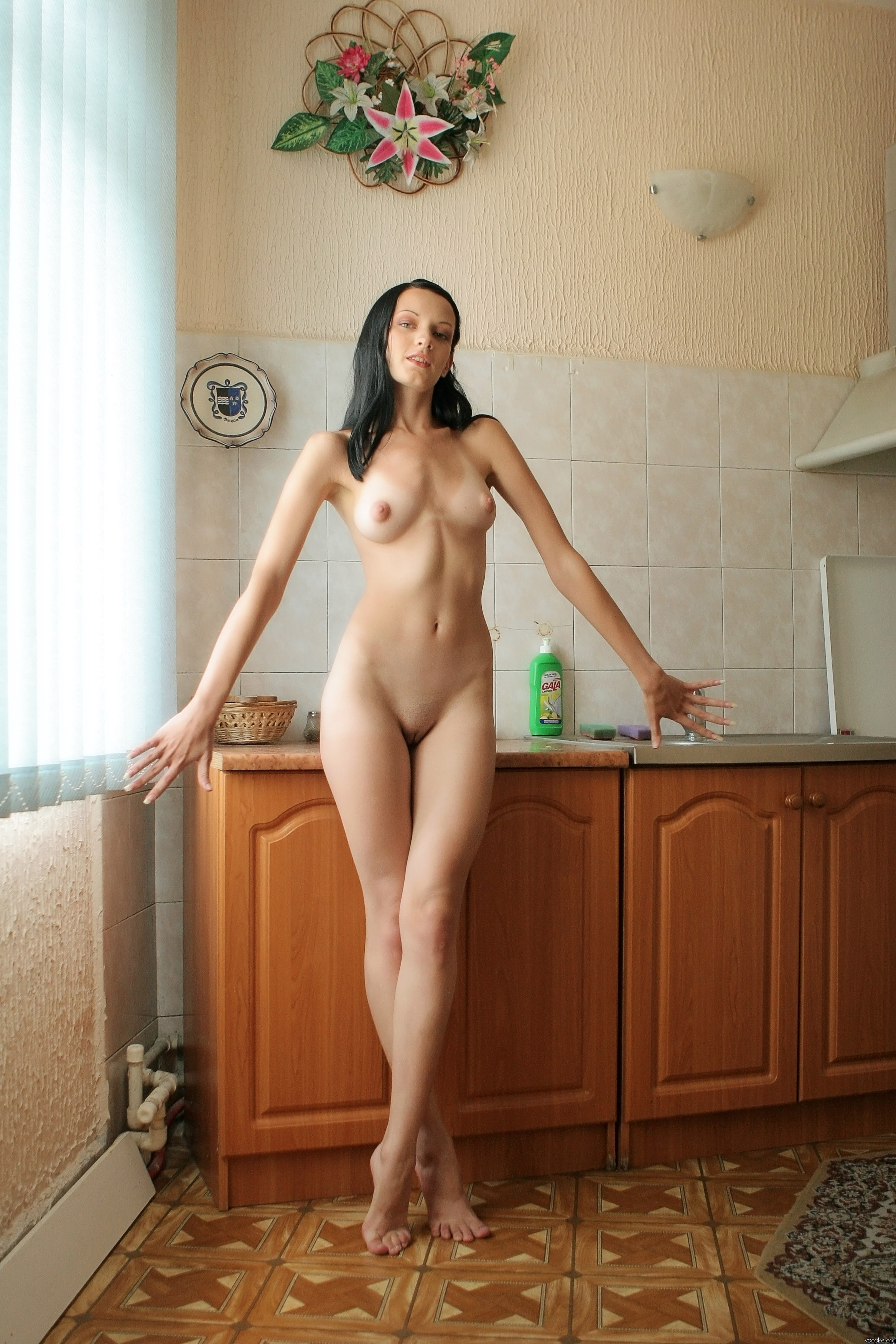 https://boobsmo.com/content/195/boobsmo_com_0000__81.jpg