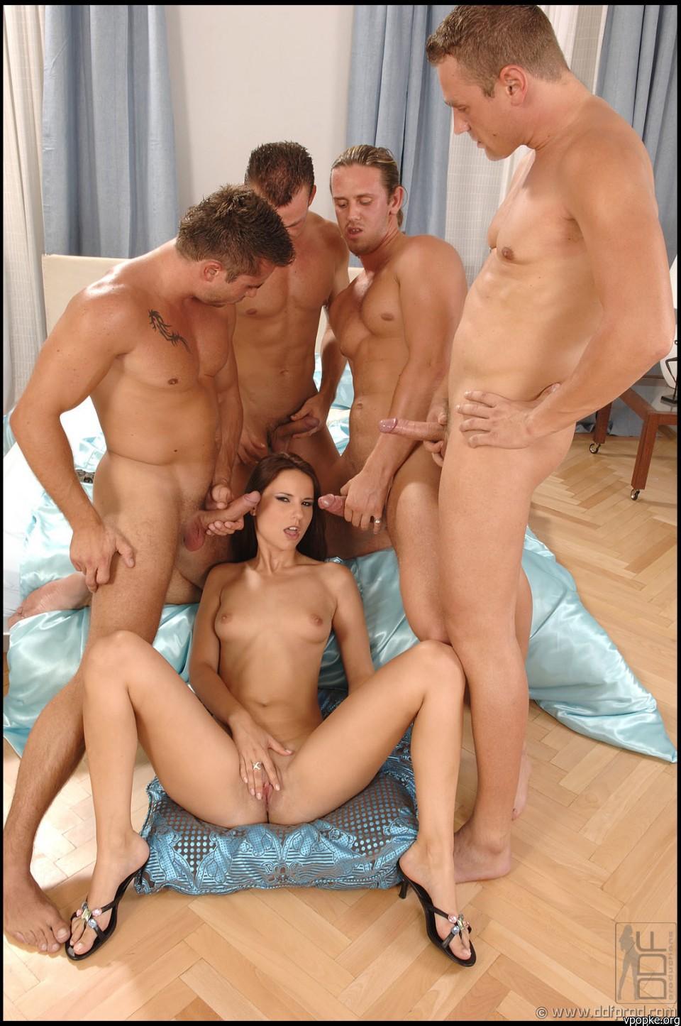 Секс с взрослыми мужчинами онлайн 5 фотография