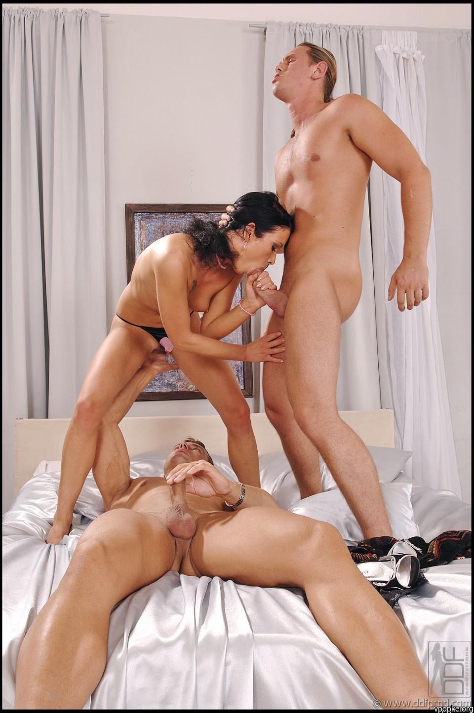 Секс кабинка онлайн 5 фотография
