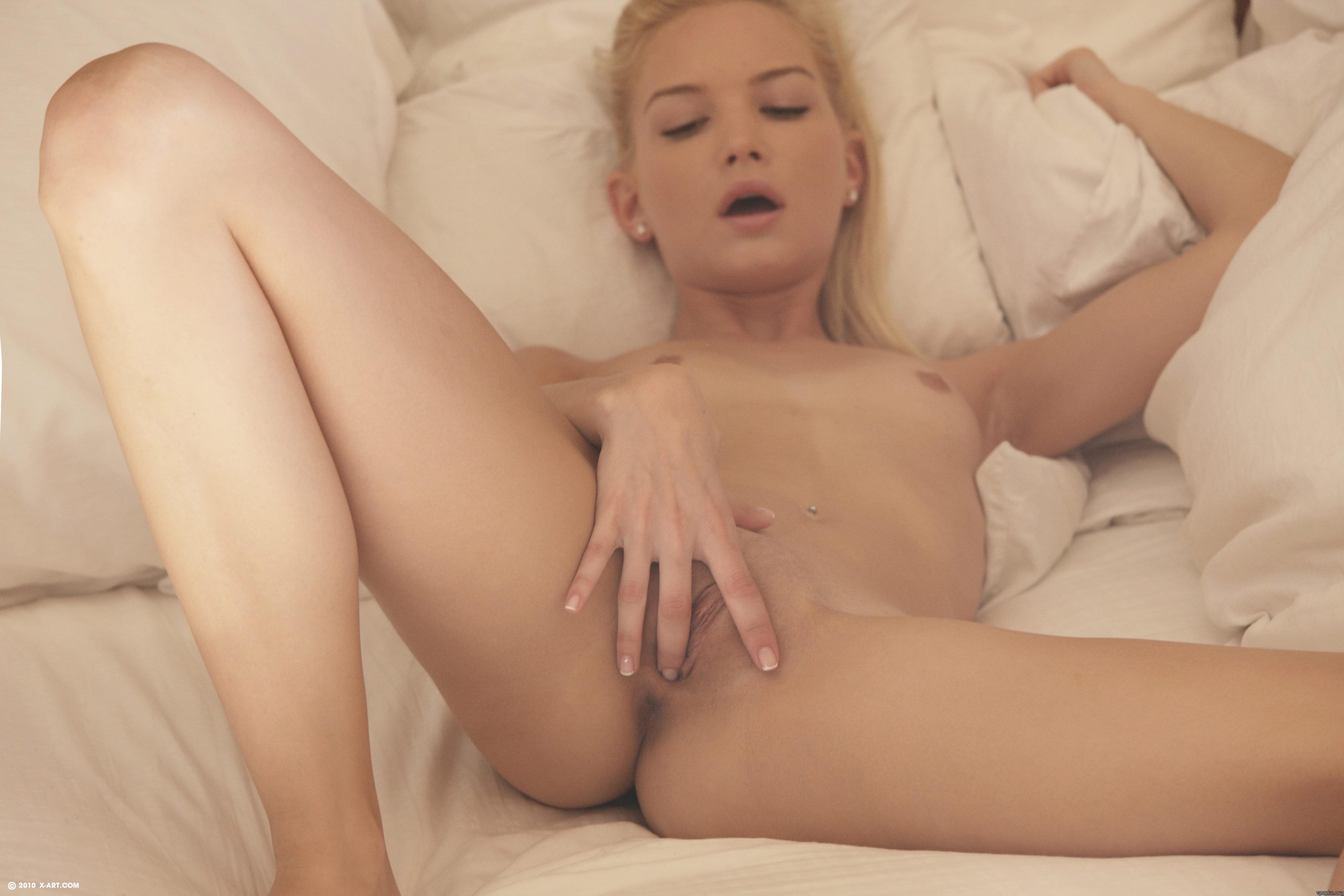 Смотреть порно с крошечными сиськами бесплатно 9 фотография