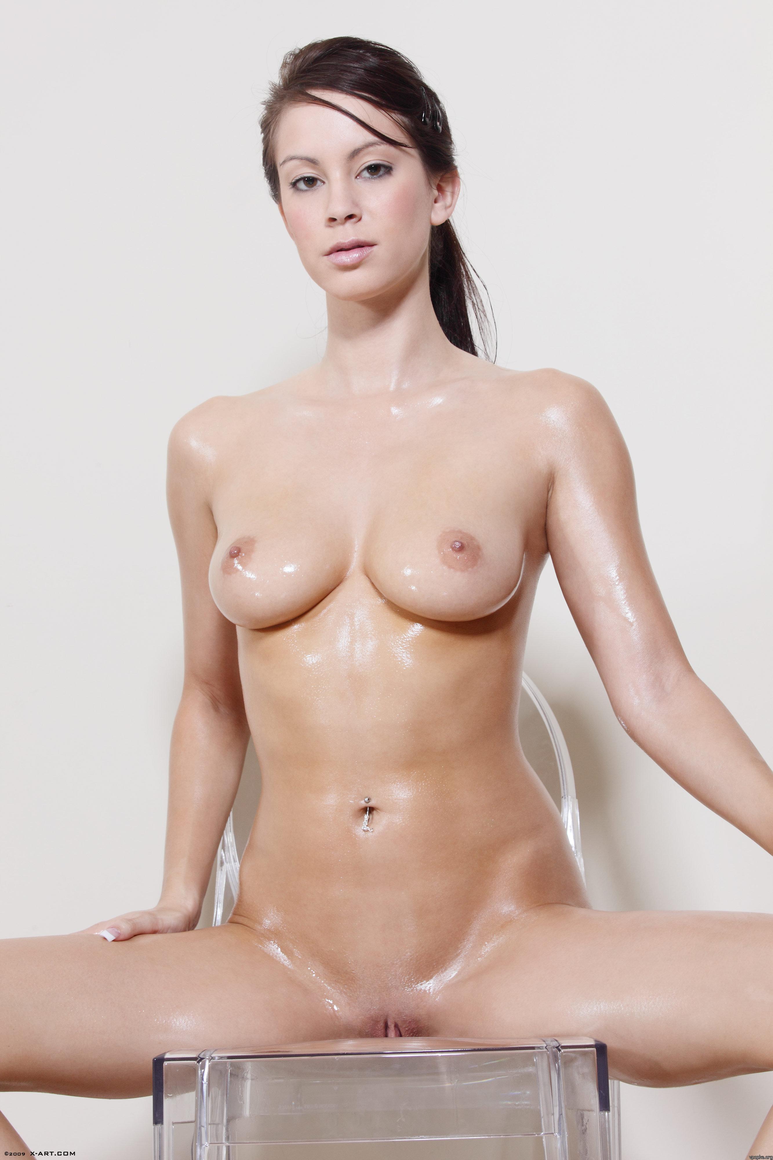 Секссмотреть бесплатно красавицы голые 17 фотография