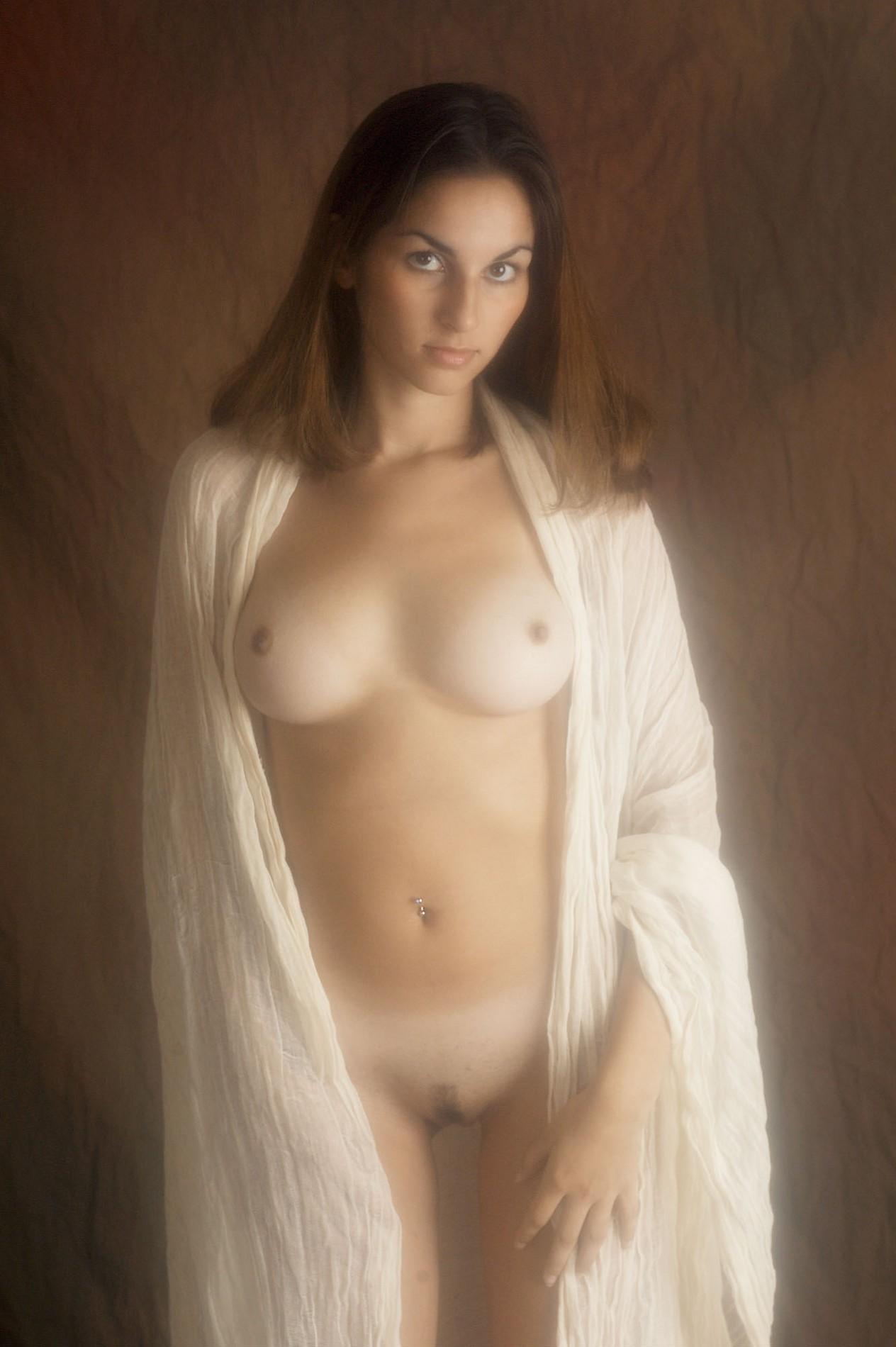 Фото голых девушек в дагестане 6 фотография